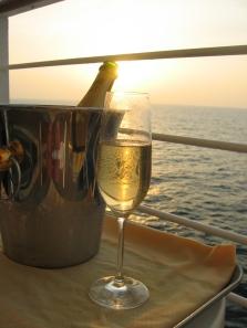 @ Lise Giguère - Champagne sur le balcon