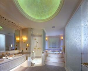 Salle de bain de la suite de luxe