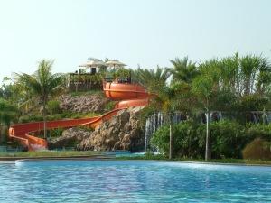 La piscine de l'aile Ouest