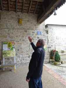 @Lisegiguere - LGilles Cabot nous indique la boite aux lettres anti-voleurs de Moncrambeau