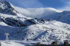 @lisegiguere - les sommets enneigés de Val Thorens n'avaient pas rem toute la neige nécessaire à leur splendeur, mais ils étaient tout de même splendides
