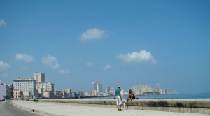 @lisegiguere - Le Malecon, une promenade de 8km longeant la mer