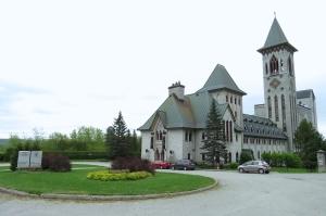 @lisegiguere - Abbaye Saint-Benoit du lac