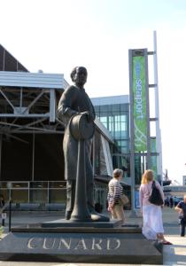 @lisegiguere - Statue de Samuel Cunard à Halifax