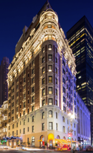 Lel Dream Hotel, un bâtiment historique entièrement rénové. Magnifiquement situé il permet de rayonner autour de nombreux sites d'intérêts.
