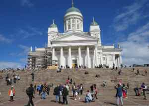 La cathédrale luthérienne d'Helsinki sur la Grand place du Sénat