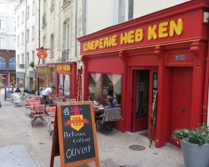 @lisegiguere, La crêperie Heb Ken et son authentique goût de Bretagne.