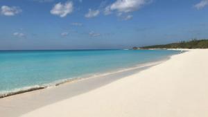 @lisegiguere - La plage de Half Moon Key