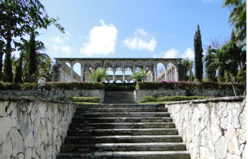 @lisegiguere - Le cloître des Jardins Versailles